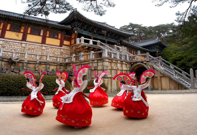 Indonesia Masuk 10 Besar Turis yang Paling Banyak ke Korea
